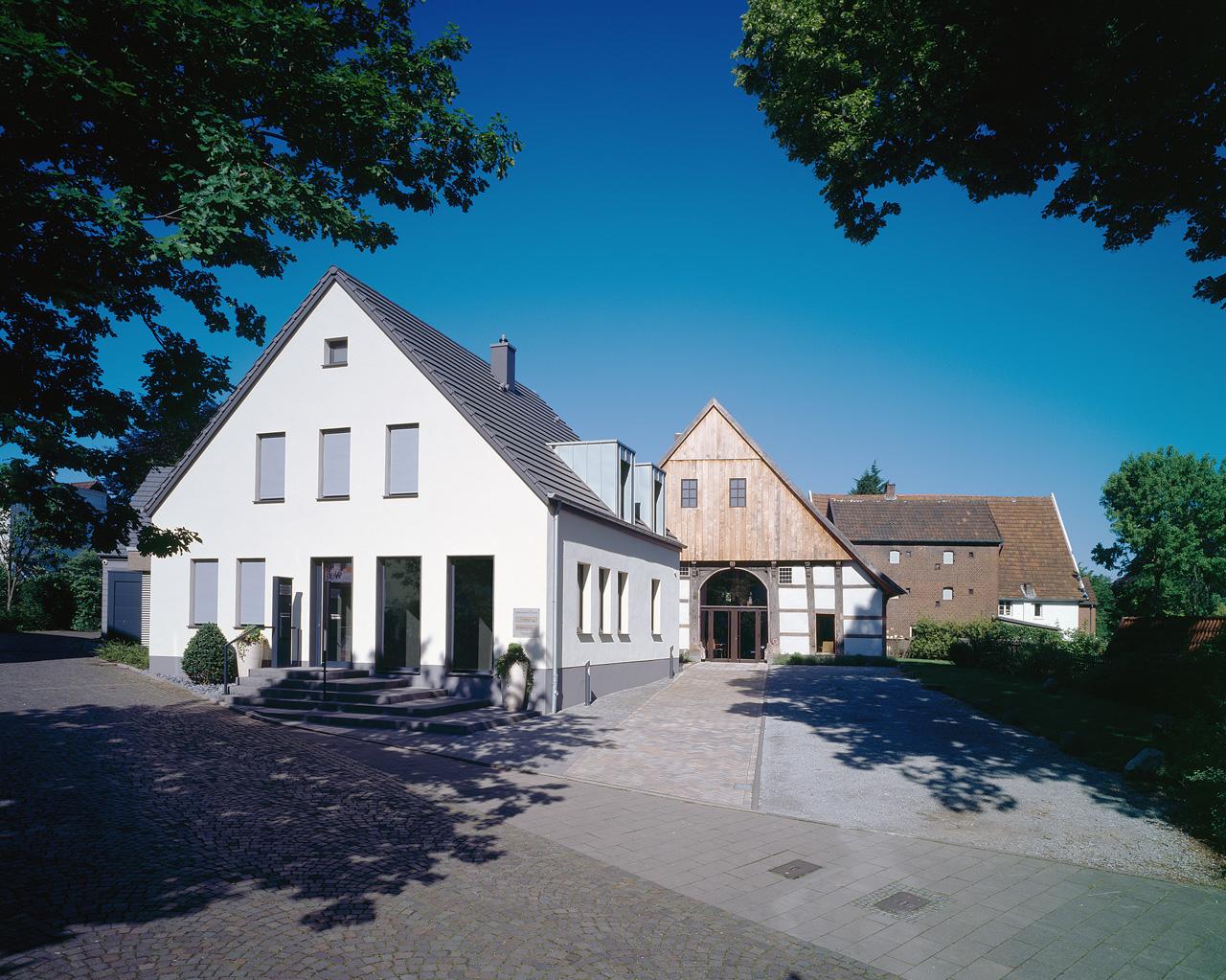 bestattungshaus-stift-bielefeld-gesamt